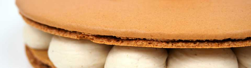 macaron marron myrtille détail pochage
